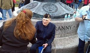 veteran-thanked-600
