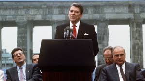 berlinwallreagan