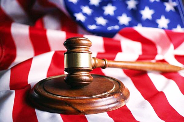 gavel-american-flag-court