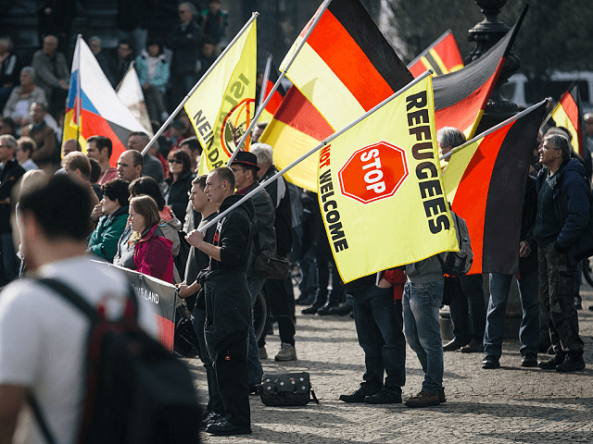 pegida-anti-immigration-dresden3